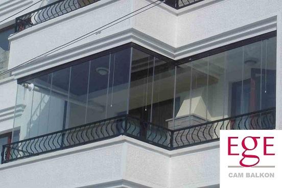 katlanır cam balkon modeli