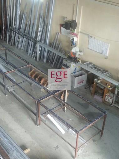 sürme cam balkon üretim tesisi