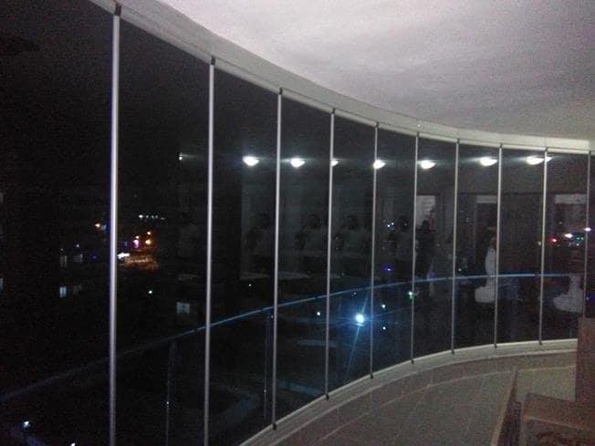 oval cam balkon uygulaması
