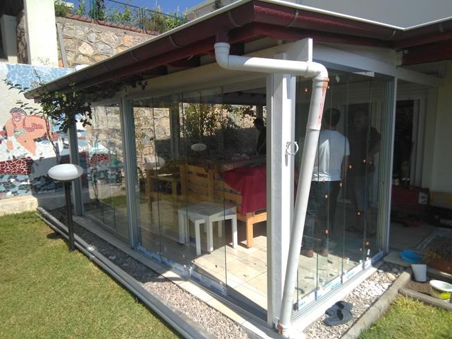 sürme cam balkon montajı